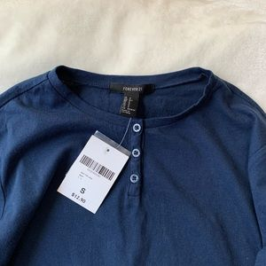F21 Navy High-Cut Henley Long Sleeve Boxy T Shirt